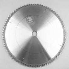 如何增加精密裁板锯锯片的耐用度?