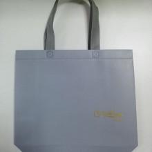广州淋膜腹膜无纺布袋礼品礼盒购物袋月饼环保袋鞋服宣传袋手提袋