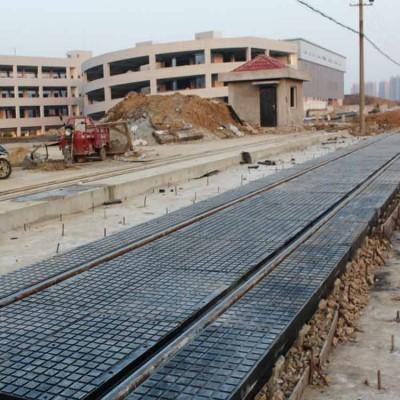 轨道器材铁路橡胶道口板 铁路橡胶道口板价格