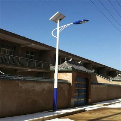 阳泉太阳能路灯厂家带杆6米18米