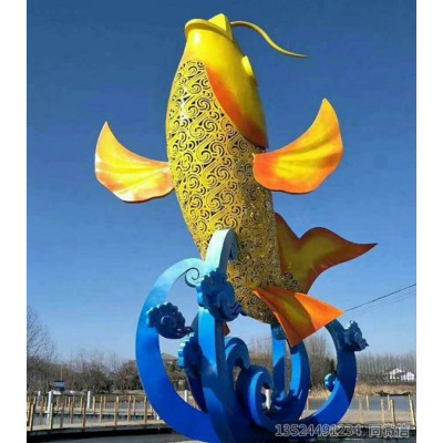 湘潭大型不锈钢鲤鱼雕塑喷漆 景观灯雕塑设备工厂