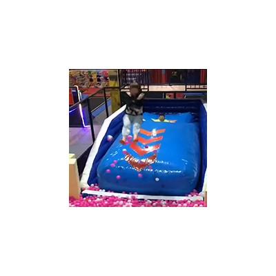 越玩越好玩的大型网红蹦蹦飞厂家专业设计生产定制中