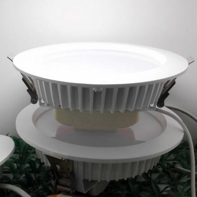 嵌入式5寸LED筒灯厂家直销