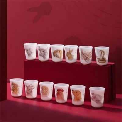 十二生肖玉瓷杯套装礼品,定制银行礼品生肖品茗杯印logo
